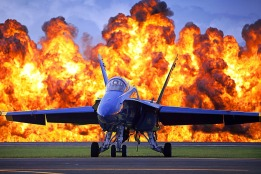 blue-angels-jet-582897_960_720